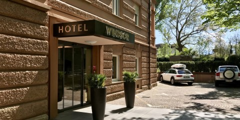 Windsor Hotel ingresso entrance eingang